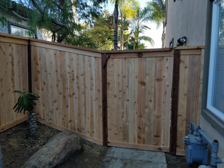 get a quote on a new wooden fence in encinitas california